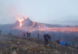 Watch Geldingadalir Fagradalsfjall volcano Live TV from Iceland